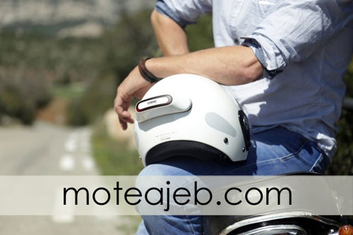 Helmet-to-avoid-an-accident